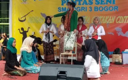 SMA PGRI 3 Kota Bogor Beri Perhatian Pada Budaya Nusantara