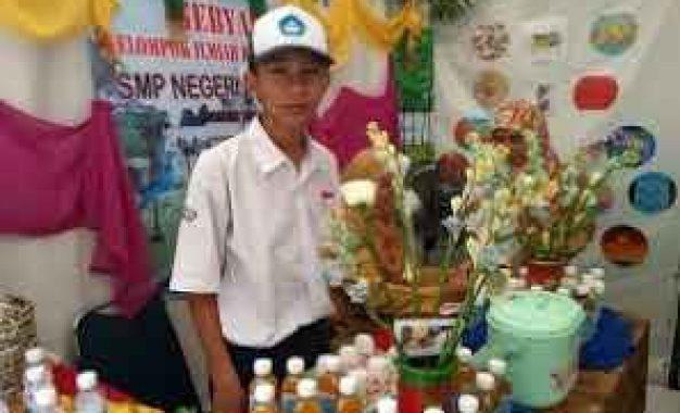 SMPN 12 Kota Bogor Suguhkan Minuman Kesehatan