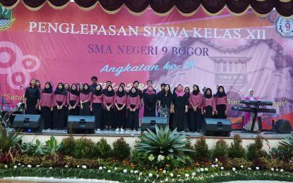 SMAN 9 Kota Bogor Rayakan Kelulusan Siswa Kelas 12