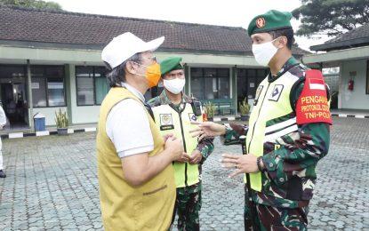 Kodim 0607/Kota Sukabumi Bersama Relawan Budha Tzu Chi Sukabumi Adakan Penyemprotan Desinfektan